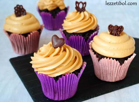 Karamel Soslu Brownie Cupcake