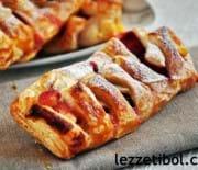 Çilekli Kremalı Milföy Çörek