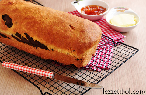 2 Renkli Tatlı Ekmek