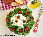 Yoğurtlu Semiz Otlu Salata
