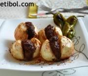 Soğan Kebabı Ve Sucuklu Biberli Omlet