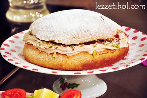 Vişne Kremalı Alman Pastası